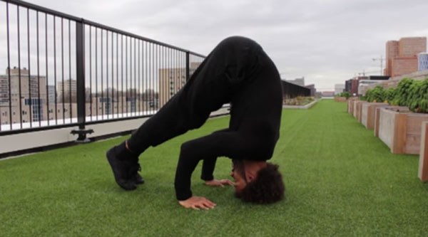 Bar-Brother-Headstand-Training