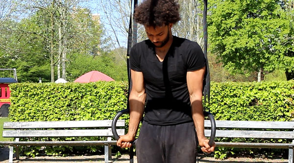 Bar-Workout-Progression-For-Dips